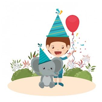 Menino, com, elefante, em, aniversário, celebração