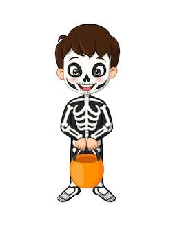 Menino de desenho animado usando fantasia de esqueleto