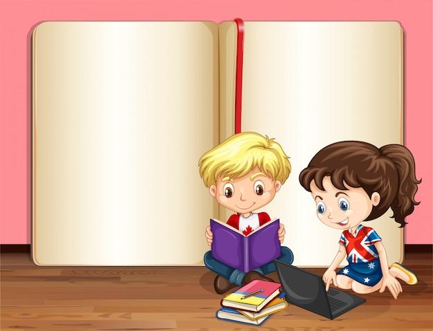 Menino e menina lendo e usando o computador