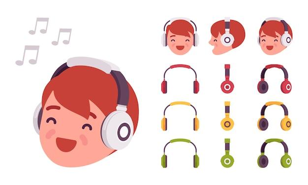 Menino em fones de ouvido