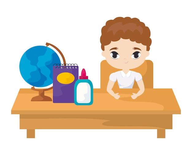 Menino estudante, sentando, em, escrivaninha escolar, com, materiais, educação