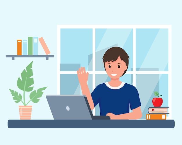Menino feliz e sorridente com laptop estudando online em casa