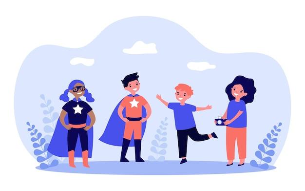 Menino tirando foto com crianças em fantasias de super-heróis. menina segurando a câmera para tirar foto ilustração vetorial plana. fotografia, conceito de entretenimento para banner, design de site ou página de destino