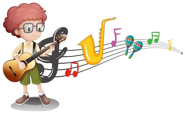 Menino tocando violão e notas musicais ao fundo