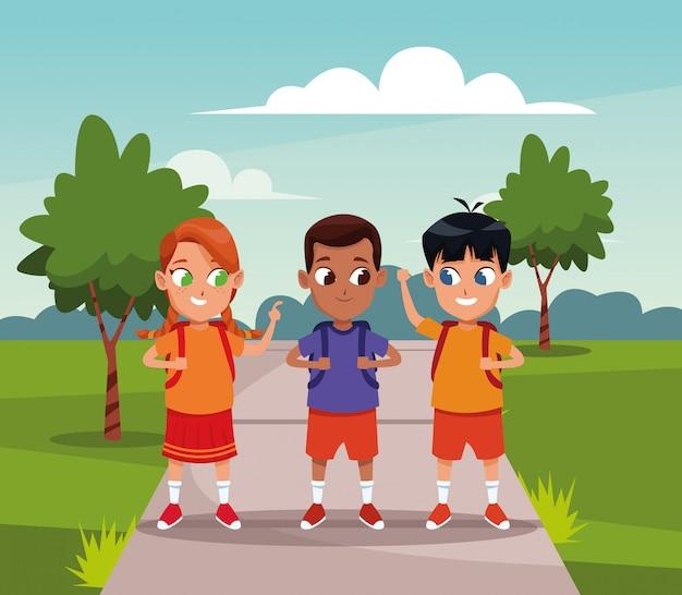 Meninos escola, com, mochilas, desenhos animados
