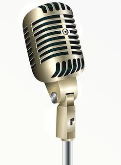 Microfone vintage de cor dourada em um fundo branco.