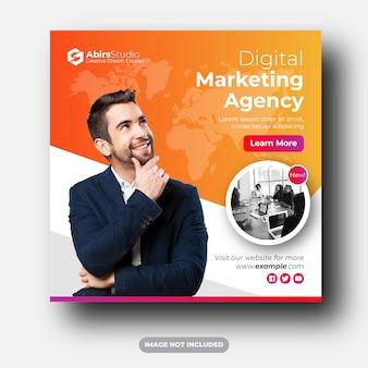 Mídias sociais da agência de marketing digital publicam anúncios em banner