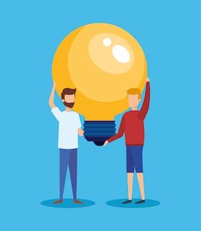 Mini pessoas com ideia de lâmpada