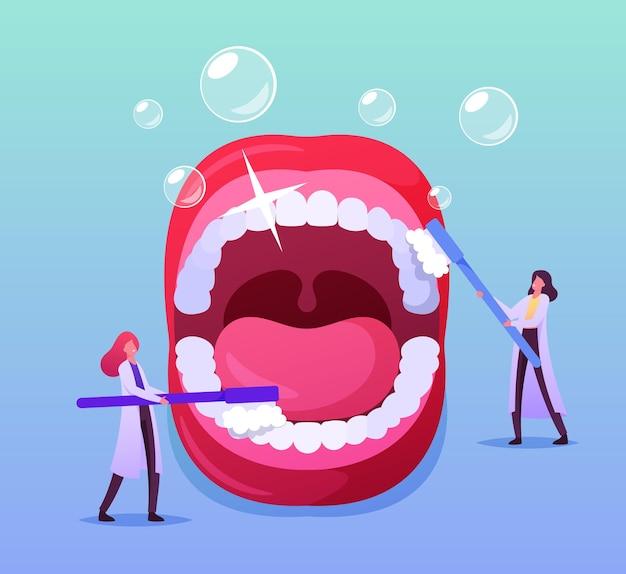 Minúsculo dentista médico personagens cuidando de dentes enormes em boca aberta com escova e pasta de dente