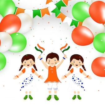 Miúdos felizes bonitos que prendem a bandeira indiana