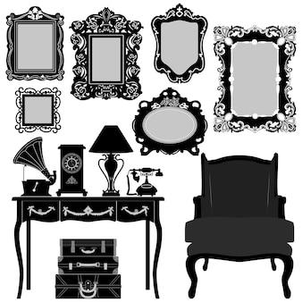 Mobiliário de objeto de museu retro vintage ornamentado de moldura de retrato antigo. um conjunto de molduras antigas em objetos ornamentados e outros antigos.