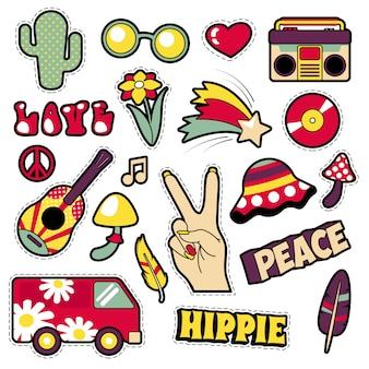 Moda hippie emblemas, patches, adesivos - van cogumelo guitarra e penas no estilo cômico de pop art. ilustração