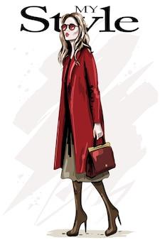 Moda mulher com casaco vermelho