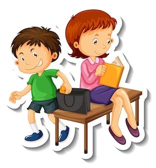 Modelo de adesivo com um personagem de desenho animado de algumas crianças isolado