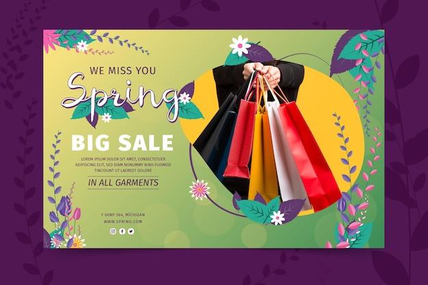 Modelo de banner de venda de primavera em design plano