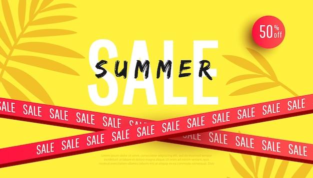 Modelo de banner de venda de verão com folhas tropicais