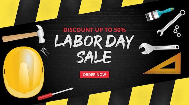 Modelo de banner de venda do dia do trabalho com bordas de fundo de asfalto e muitas ferramentas