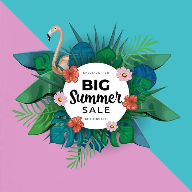 Modelo de banner de venda grande verão com decoração floral exótica