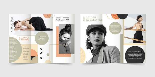 Modelo de brochura com três dobras estilo abstrato