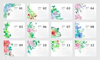 Modelo de calendário de 2019 com lindas flores em aquarela