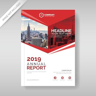 Modelo de capa de relatório anual com formas geométricas vermelhas