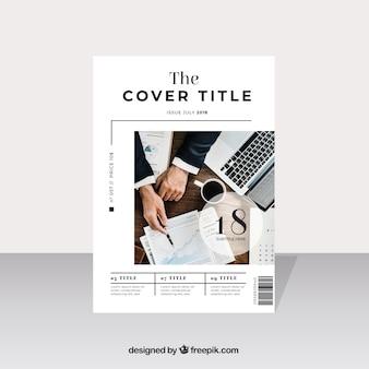 Modelo de capa de revista de negócios com modelo posando