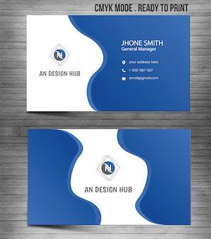 Modelo de cartão abstrato moderno azul