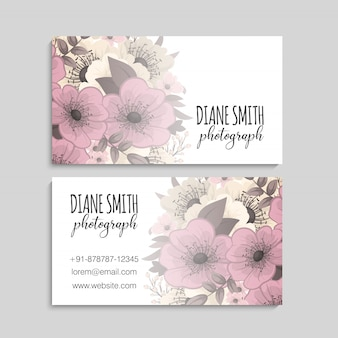 Modelo de cartão com lindas flores
