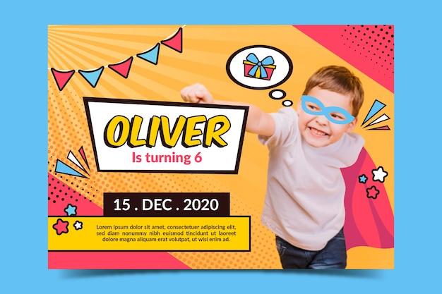 Modelo de cartão de aniversário com foto para crianças