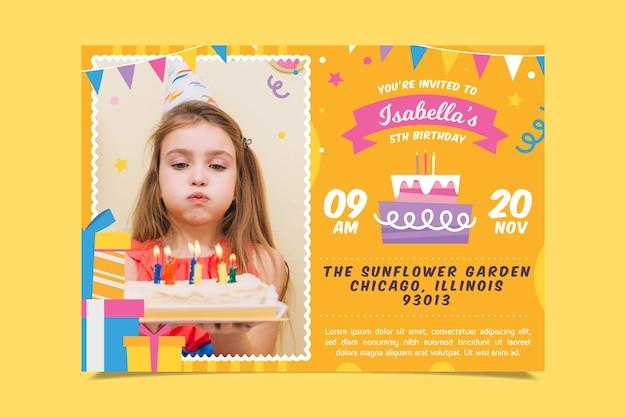 Modelo de cartão de aniversário infantil com foto