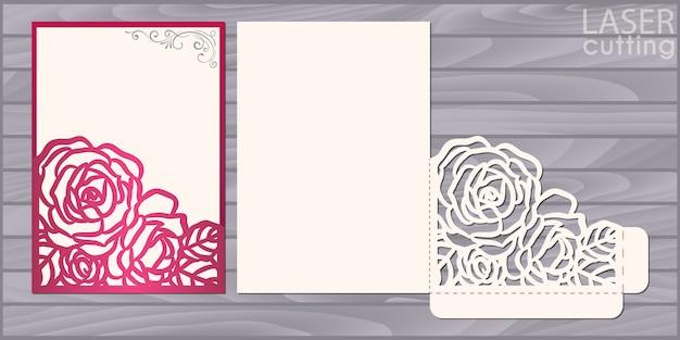 Modelo de cartão de casamento cortado a laser. envelope de bolso de convite com canto de renda com padrão de rosas. convite de renda de casamento
