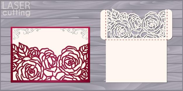 Modelo de cartão de casamento cortado a laser. envelope de bolso de convite com padrão de rosas. convite de renda de casamento