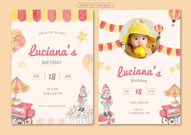 Modelo de cartão de convite de aniversário com tema de parque de diversões
