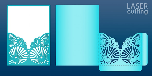 Modelo de cartão de convite de casamento de corte a laser em estilo marinho. envelope de bolso cortado com padrão de conchas do mar. adequado para cartões, convites, menus.