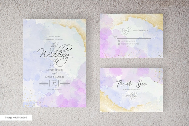 Modelo de cartão de convite de casamento em aquarela com aquarela líquida pintada à mão