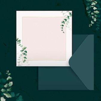 Modelo de cartão de convite de folha de eucalipto desenhado à mão