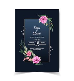 Modelo de cartão de convite em aquarela elegante com flores cor de rosa