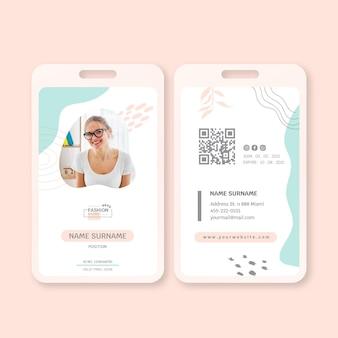 Modelo de cartão de identidade de empresária