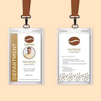 Modelo de cartão de identificação de funcionário e café