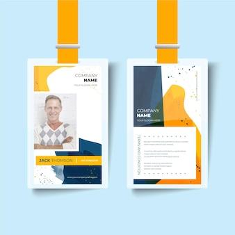 Modelo de cartão de identificação de homem feliz frente e verso