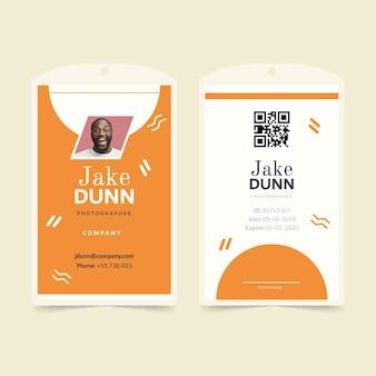 Modelo de cartão de identificação em estilo minimalista