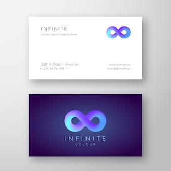 Modelo de cartão de negócios moderno com o símbolo do infinito