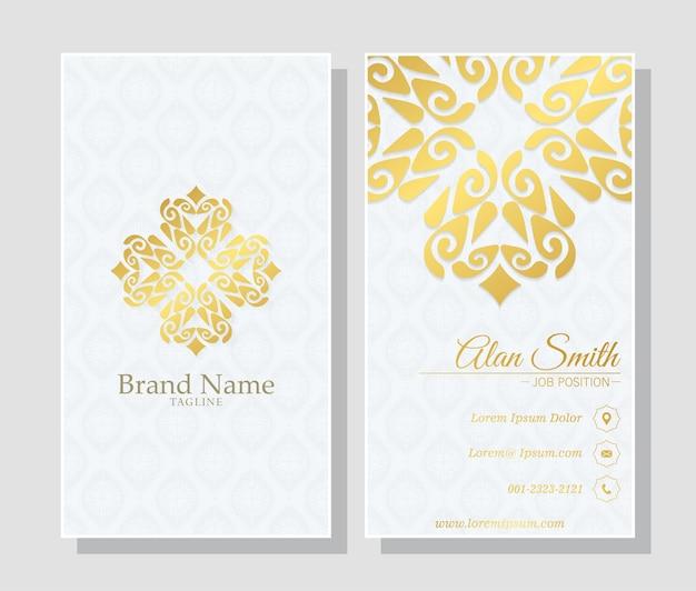 Modelo de cartão de visita de luxo com design de ornamentos