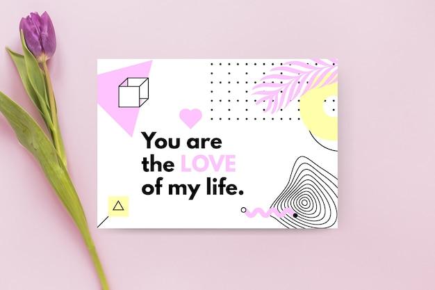 Modelo de cartão geométrico minimalista para o dia dos namorados