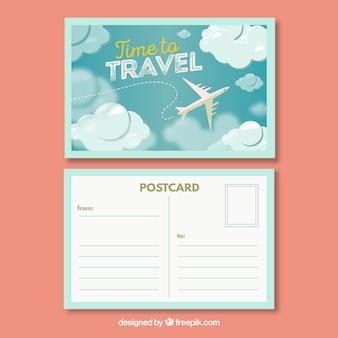 Modelo de cartão postal de viagem com design plano