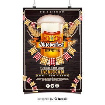 Modelo de cartaz de oktoberfest com design realista