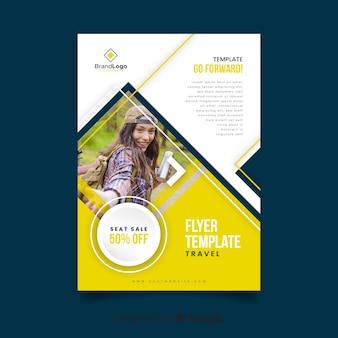 Modelo de cartaz de viagens com informações