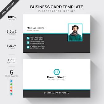 Modelo de cartões de visita modernos com variação de 5 cores