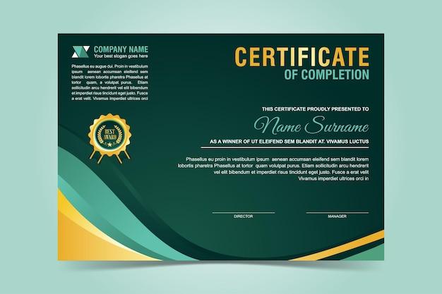 Modelo de certificado moderno verde e dourado