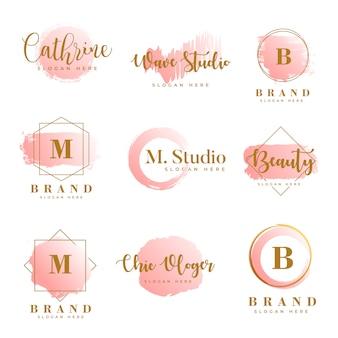 Modelo de coleções de logotipo feminino vetor premium